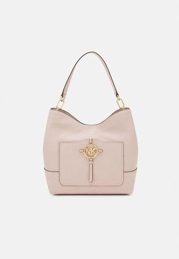 AMY HOBO - Handbag - soft pink
