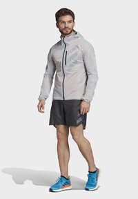 adidas Performance - TERREX AGRAVIC RAIN JACKET - Sports jacket - white - 6