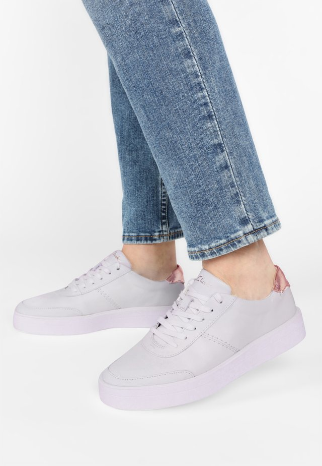 HERO WALK - Sneakers laag - white