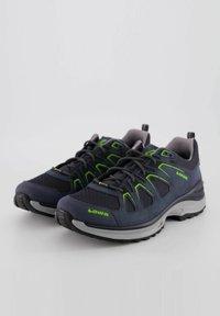 Lowa - INNOX EVO GTX - Hiking shoes - blau - 2