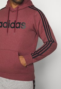 adidas Performance - 3 STRIPES ESSENTIALS SPORTS HOODED - Sweat à capuche - red - 5