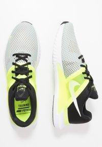 Nike Performance - RENEW FUSION - Obuwie treningowe - spruce aura/white/black/volt - 1