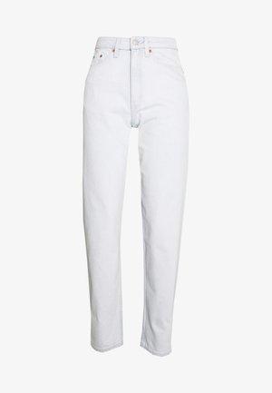 LASH EXTRA HIGH MOM ECHO - Zúžené džíny - bleached blue