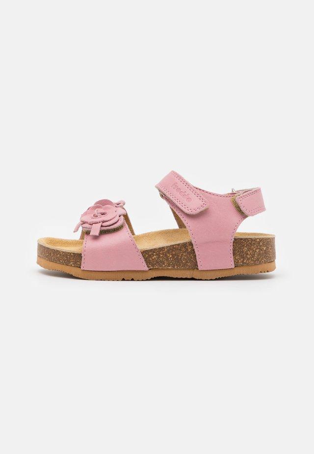 NATURA  - Riemensandalette - pink