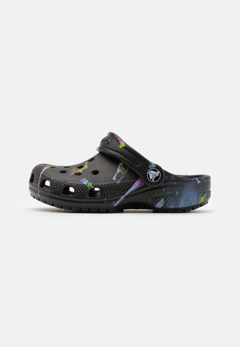 Crocs - CLASSIC OUT OF THIS WORLD - Sandály do bazénu - black
