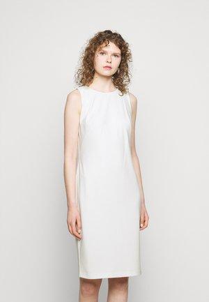 BONDED DRESS - Pouzdrové šaty - cream
