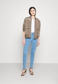 ONLY - ONLBLUSH  - Jeans Skinny Fit - light blue denim - 1