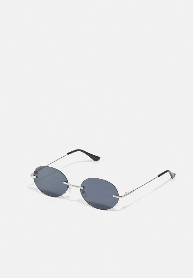 JACMIKKEL SUNGLASSES - Lunettes de soleil - silver-coloured