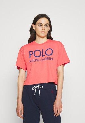 T-shirts med print - amalfi red