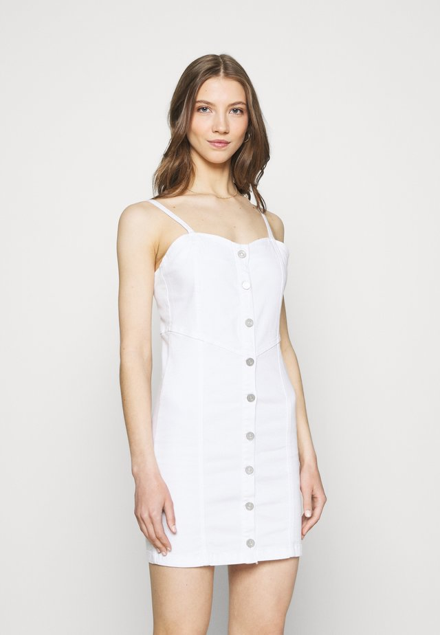 BUTTON THROUGH CAMI DRESS - Denimové šaty - white