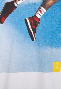 Jordan - PHOTO CREW - T-shirt imprimé - white - 2