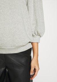 Gestuz - NANKITA - Sweatshirt - grey melange - 6