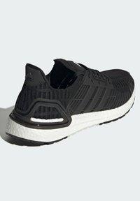 adidas Performance - ULTRABOOST DNA CC_1 CLIMA RUNNING - Scarpe da corsa stabili - black - 2