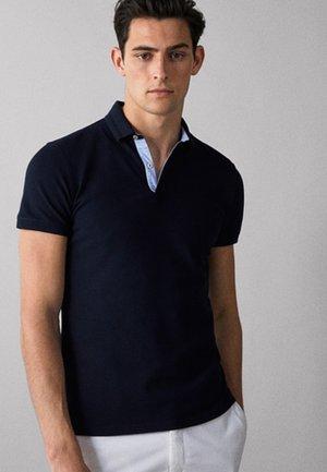 MIT STRUKTURMUSTER  - Polo shirt - dark blue