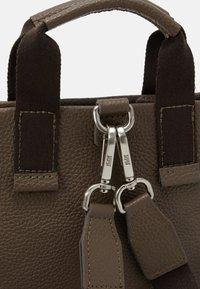 Jost - X CHANGE BAG MINI - Käsilaukku - olive - 4