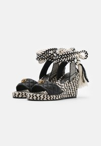 Kurt Geiger London - MILA WEDGE - Sandály na platformě - black - 2