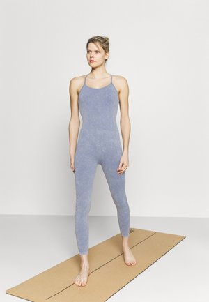 LIFESTYLE SEAMLESS YOGA ONESIE - Turnpak - blue jay wash