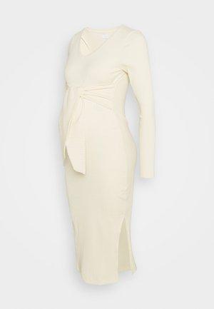 MLJAINI MIDI DRESS - Pletené šaty - antique white