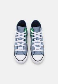 Converse - CHUCK TAYLOR ALL STAR DINO DAZE UNISEX - Sneakers alte - blue slate/midnight navy/green - 3