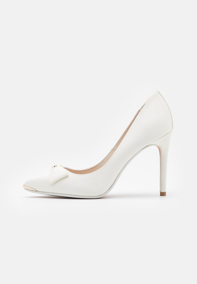 LILANA - Klassiska pumps - white