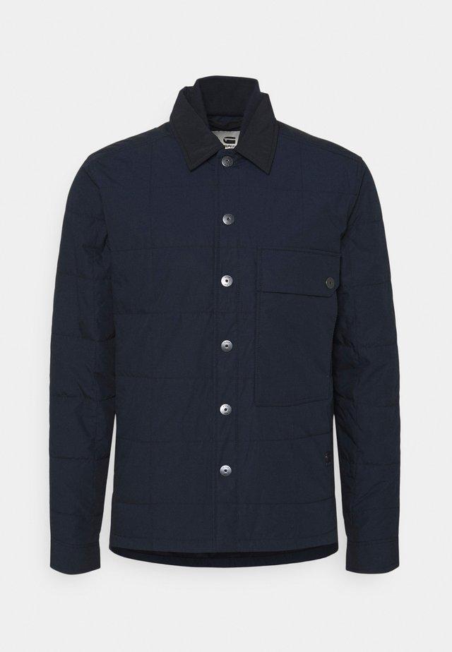 QUILTED OVERSHIRT - Light jacket - mazarine blue