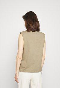 edc by Esprit - Basic T-shirt - khaki - 2