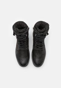 TOM TAILOR - Šněrovací kotníkové boty - black - 3