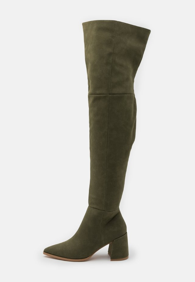 LOW BLOCK HEEL BOOTS - Over-the-knee boots - olive