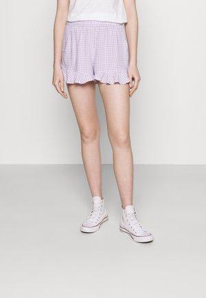 CHAIN RUFFLE HEM - Shorts - lavender gingham