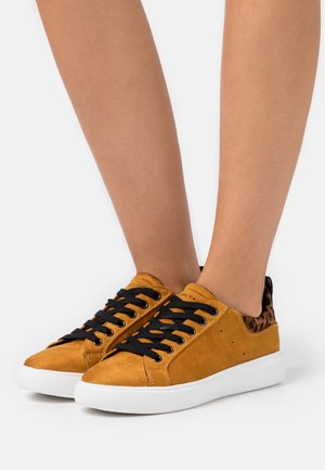 Sneakers basse - curry