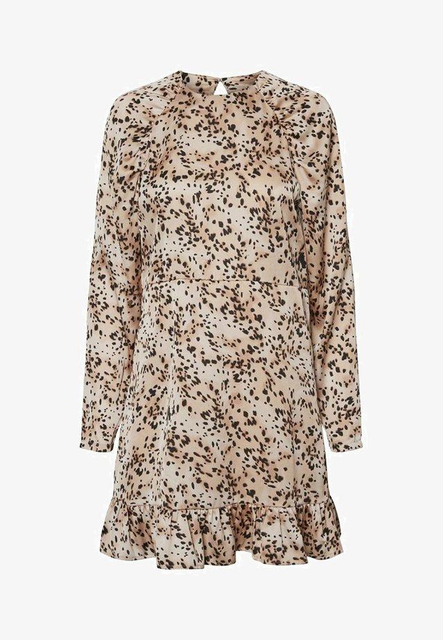 GRAFIKPRINT - Day dress - rose dust
