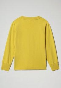 Napapijri - BADYR CREW - Sweatshirt - yellow moss - 1