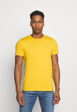 SHORT SLEEVE - Basic T-shirt - citron