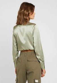 Topshop - TIE FRONT SHIRT - Overhemdblouse - olive - 2