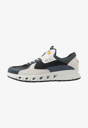 MULTI-VENT - Sneakers laag - multicolor ombre