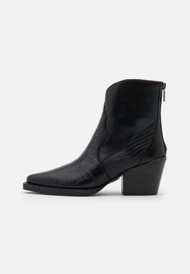 LONE JUKE - Classic ankle boots - black