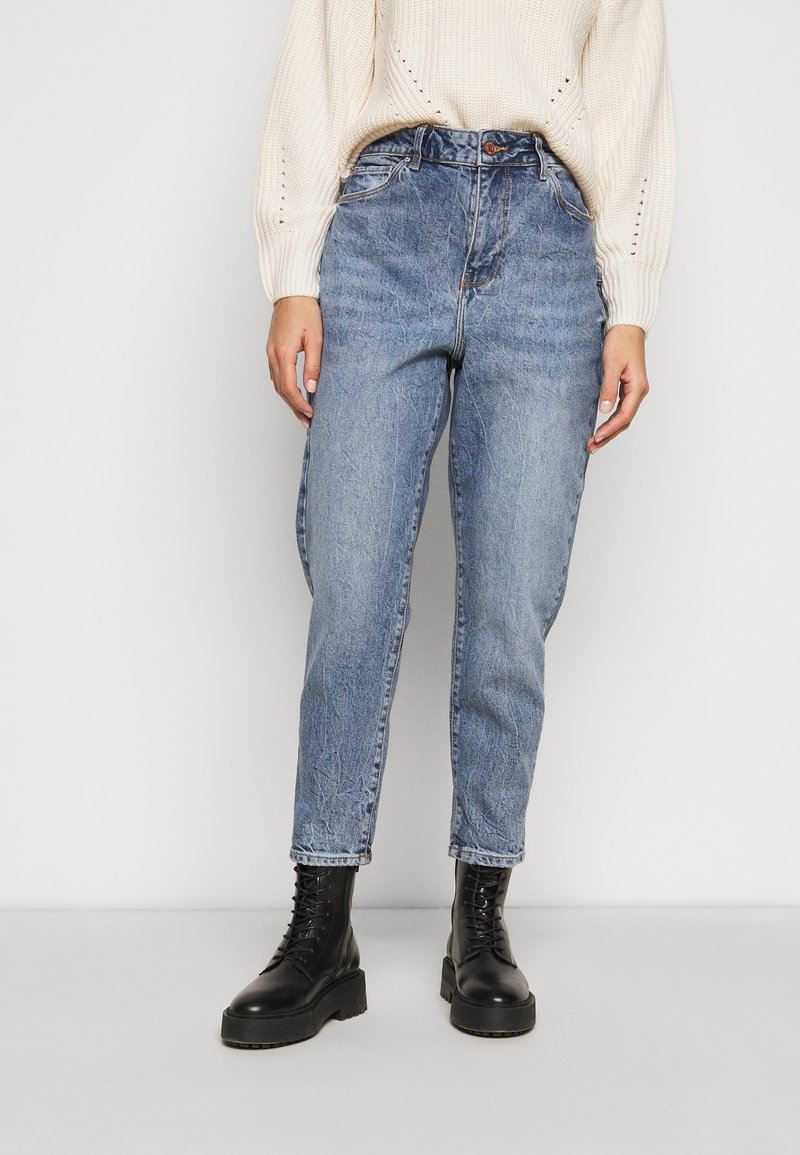 New Look Petite - WAIST ENHANCE MOM HARRY - Relaxed fit jeans - mid blue