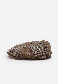 Brixton - FENDER PHILLY BAGGY SNAP CAP UNISEX - Muts - mocha - 1