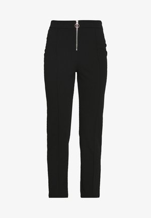 ZIP FRONT CIGARETTE TROUSER - Stoffhose - black