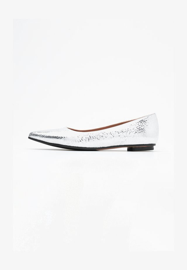 LIA - Ballet pumps - glass silver