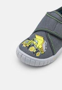 Superfit - BILL - Slippers - grau - 5