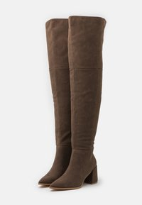 Missguided - LOW BLOCK HEEL BOOTS - Over-the-knee boots - mink - 2