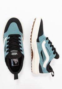 Vans - ULTRARANGE - Sneakers - smoke blue/black - 1