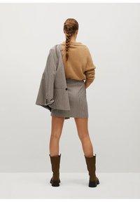 Mango - CHARLOTT - Mini skirt - hnědá - 2