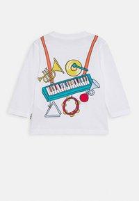 Paul Smith Junior - BABOU TEE - Maglietta a manica lunga - blanc - 1
