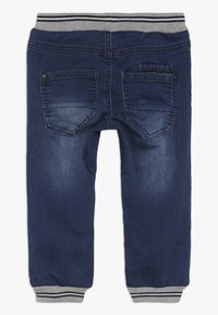 Name it - NMMBOB PANT - Jeans Tapered Fit - medium blue denim - 1