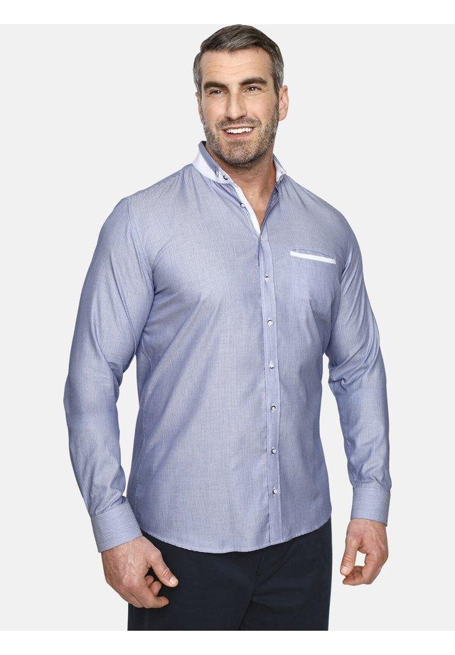 DUKE ADEWALE - Overhemd - light blue