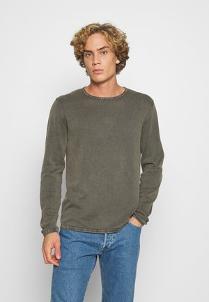 JJELEO CREW NECK - Jumper - dusty olive