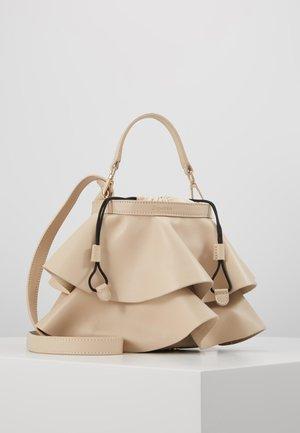 ENVOLEE - Handtasche - beige