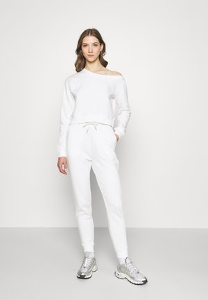 Off Shoulder Sweat & Jogger Set - Sweatshirt - off-white